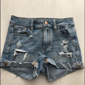 American Eagle High Rise Shortie Distressed Light